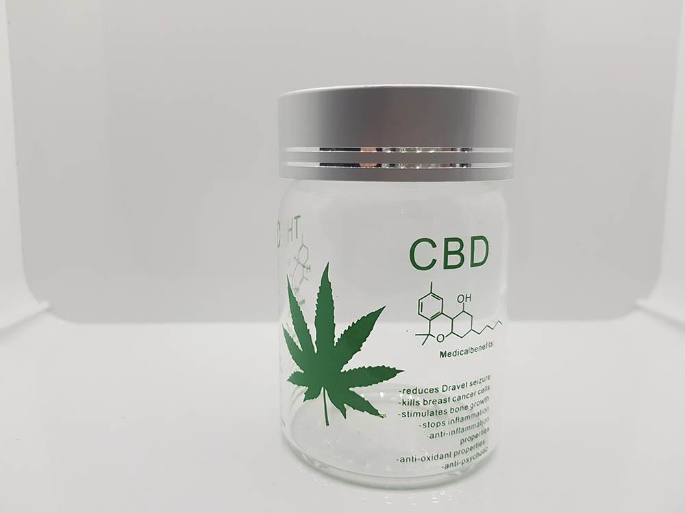 pot en verre cannabis
