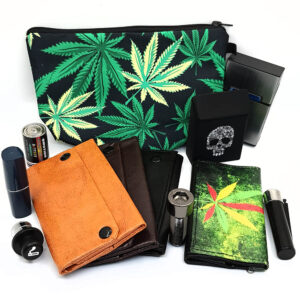 Trousses et pochettes à tabac